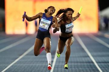 Angela Tenorio of Ecuador and Shaina Harrison of Canada in the women's 4x100m B final in Nassau (Getty Images)
