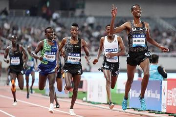Yomif Kejelcha wins the 5000m at the IAAF Diamond League meeting in Shanghai (Errol Anderson)