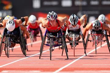 Tatyana Mcfadden on her way to winning the 1500m T54 at the 2013 IPC Athletics World Championships (Getty Images )