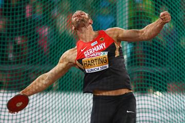 Robert Harting on his way to winning the discus at the European Championships (Getty Images)