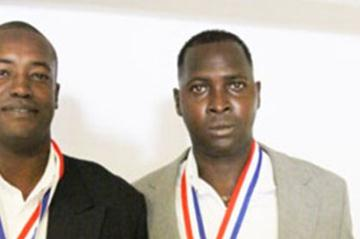 Yoel Garcia and Aliecer Urrutia inducted in the CACAC Hall of Fame (Javier Clavelo Robinson)
