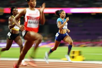 Salwa Eid Nasser and Allyson Felix in the 400m semi finals at the IAAF World Championships London 2017 (Getty Images)