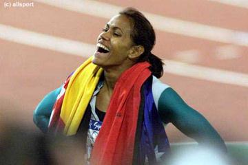 Women's 400m gold medallist Cathy Freeman (© Allsport)