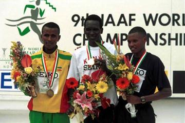 The men's podium in Veracruz 2000 (© Allsport)