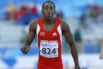 Jehue Gordon brings home the gold in the 400m Hurdles (Getty Images)