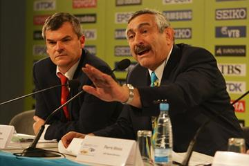 Nick Davies and Pierre Weiss (R) at the IAAF Daily Briefing during day four of the 12th IAAF World Championships at the Olympic Stadium on August 18, 2009 in Berlin, Germany (Getty Images)