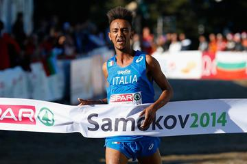 Yemaneberhan Crippa winning the 2014 SPAR European Cross Country Championships junior men's race (Getty Images)