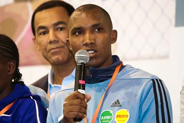Alphonce Felix Simbu at the pre-race press conference in Bogota (Victah Sailer/organisers)