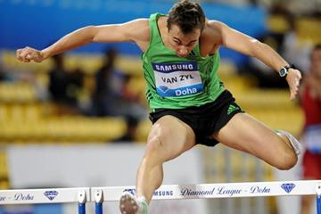 LJ van Zyl continued his fine early season momentum with a convincing 48.11 victory in Doha (Jiro Mochizuki)