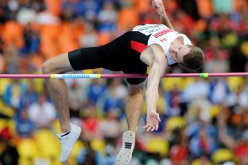 Derek Drouin in the mens High Jump at the IAAF World Athletics Championships Moscow 2013 (Getty Images)