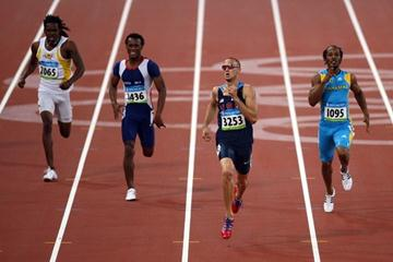 Jeremy Wariner runs 44.15 in his 400m semi final (Getty Images)