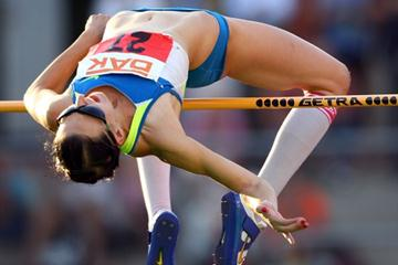 Another 2.01m leap for Ariane Friedrich in Wattenscheid (Bongarts/Getty Images)