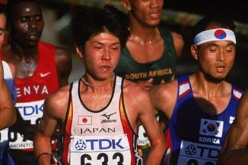 Atsushi Fujita at the 2001 World Championships in Edmonton (Getty Images)