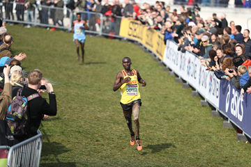 Joshua Cheptegei in the senior men's race at the IAAF/Mikkeller World Cross Country Championships Aarhus 2019 (Getty Images)