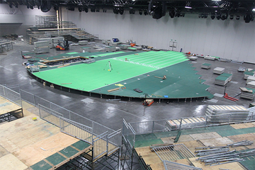 Construction of the track for the IAAF World Indoor Championships Portland 2016 (Portland 2016)