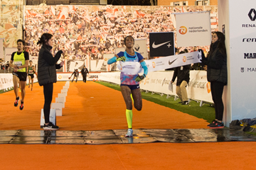 Gelete Burka wins the San Silvestre Vallecana in Madrid (Organisers)