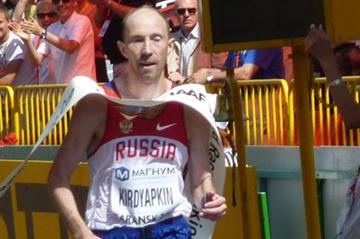 Sergey Kirdyapkin of Russia wins the 50km race in Saransk (IAAF)