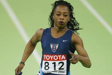 Gail Devers in the 60m at the 2004 IAAF World Indoor Championships in Budapest (Getty Images)