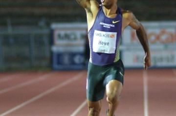 Andrew Howe wins the 200m at the 11th Notturna di Milano (Lorenzo Sampaolo)
