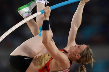 Silke Spiegelburg of Germany in action in the Pole Vault final (Getty Images)