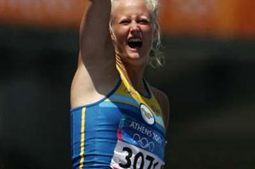 A jubilant Carolina Kluft in the women's Heptathlon (Getty Images)