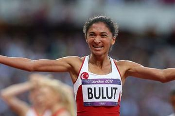 Gamze Bulut of Turkey crosses the line in the Women's 1500m Semifinals on Day 12 of the London 2012 Olympic Games at Olympic Stadium on August 8, 2012 (Getty Images  )