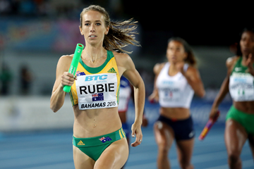 Anneliese Rubie in the 4x400m at the IAAF World Relays (Getty Images)