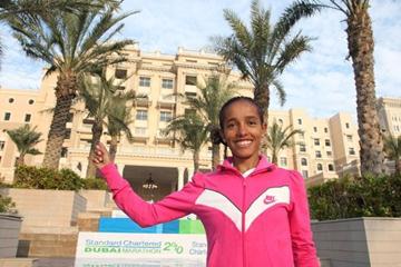 Bizunesh Bekele relaxing on the eve of her Dubai Marathon defence (Victah Sailer)