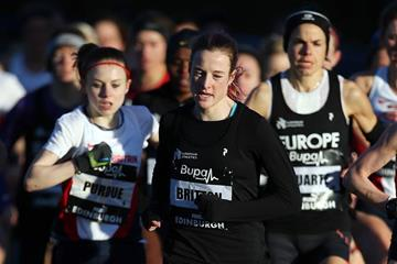 Fionnuala Britton leads the way at the 2014 Bupa Great Edinburgh XCountry International  (Getty Images)