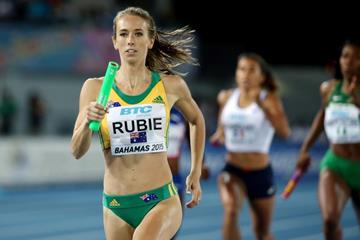 Australia's Anneliese Rubie in the 4x400m at the IAAF/BTC World Relays, Bahamas 2015 (Getty Images)