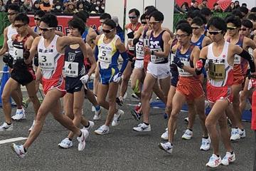 Eiki Takahashi (#1, far right), in action at the Japanese national 20km championships in Kobe (Organisers)