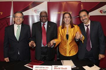 Cali delegation (President of the Colombian Athletics Federation Ramiro Varela, Representative of the Town Council of Cali, Sports Secretary Clara Luz Roldan, and Representative of the Governor, Sports Manager Fernando Luis Martinez.) - 2015 IAAF World Youth Championships hosts - with President Diack in Barcelona (IAAF)