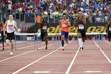 Abderrahman Samba en route to his 47.48 Asian record in Rome (Hasse Sjogren)