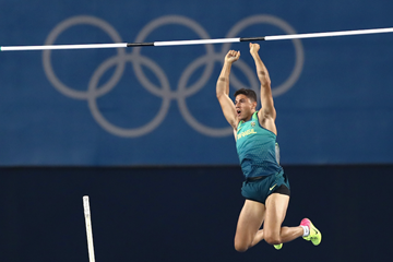 Thiago Braz wins the men's pole vault in Rio ()