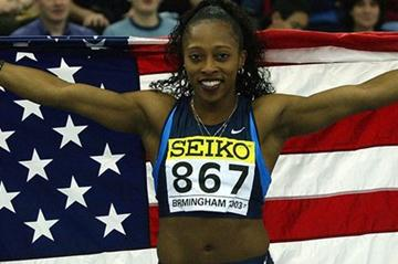 Gail Devers after taking the 2003 World Indoor 60m Hurdles title in Birmingham (Getty Images)