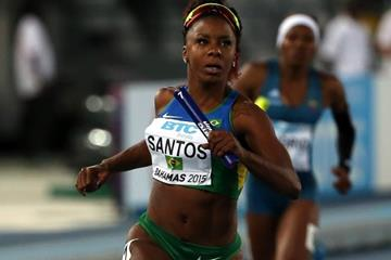 Rosangela Santos in the 4x100m heats at the IAAF/BTC World Relays, Bahamas 2015 (Getty Images)