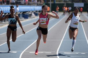 Jenna Prandini wins the 100m at Mt. SAC (Kirby Lee)