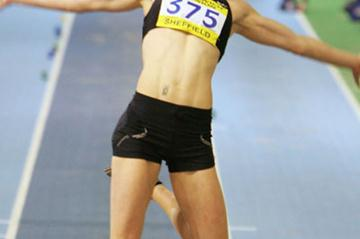 Kelly Sotherton winning the Long Jump at the  2006 AAA indoor championships (Getty Images)