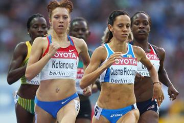 (L-R) Elena Kofanova of Russia and Elisa Cusma Piccione of Italy compete in the women's 800m semi-final in Berlin (Getty Images)