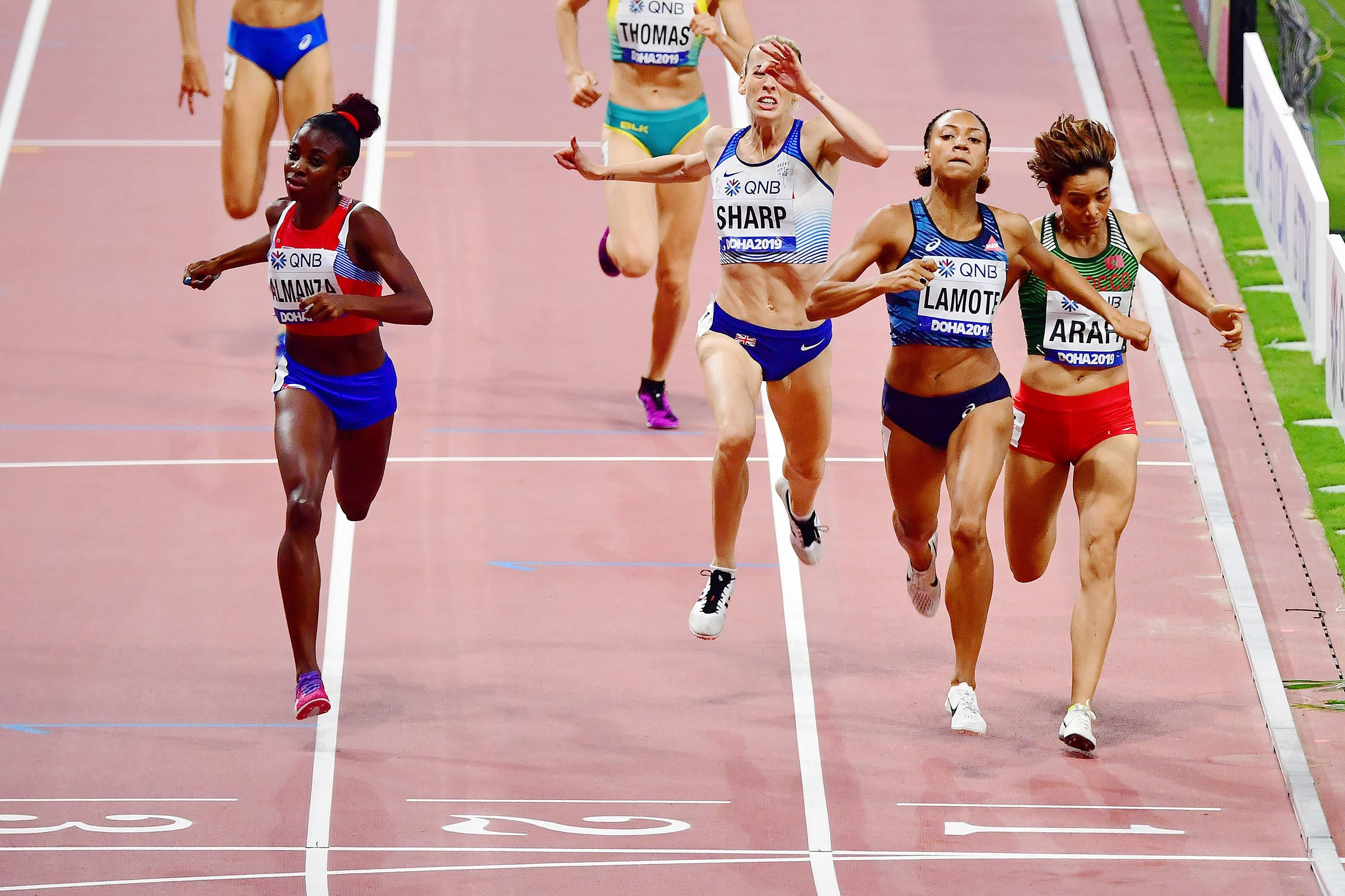 Renelle Lamote wins her 800m heat at the World Championships (AFP / Getty Images)