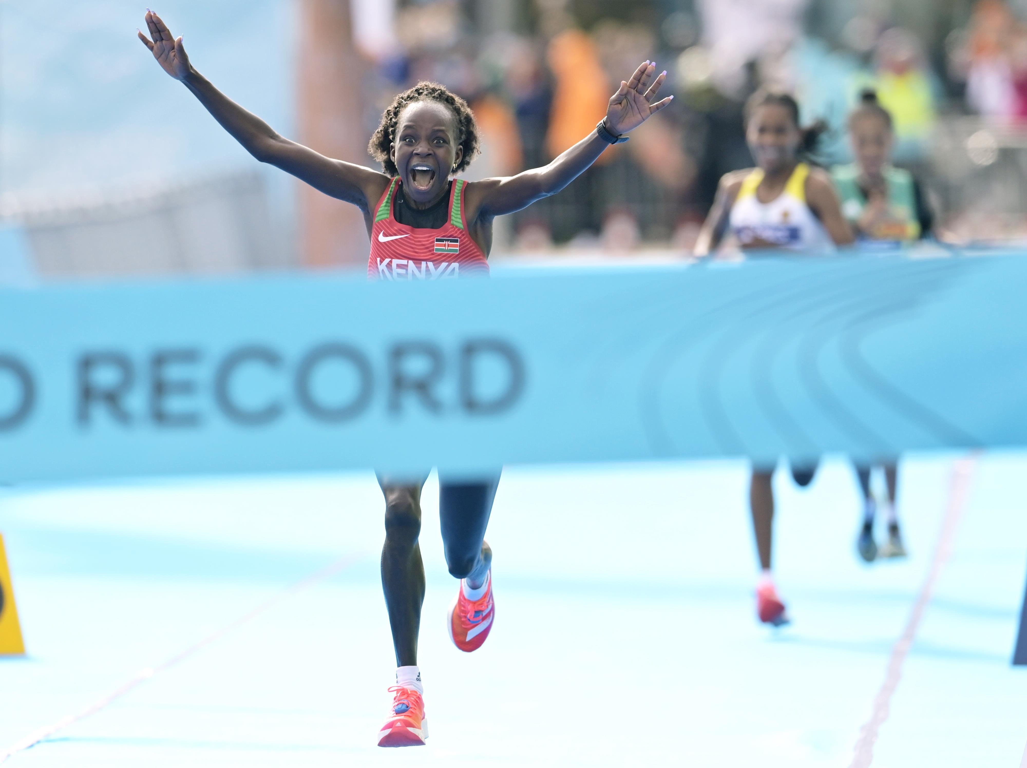 Peres Jepchirchir wins the World Athletics Half Marathon Championships Gdynia 2020 (Getty Images)