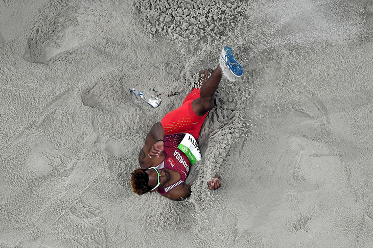 Tyrone Smith competes in the long jump at the Rio 2016 Olympics (Getty Images)