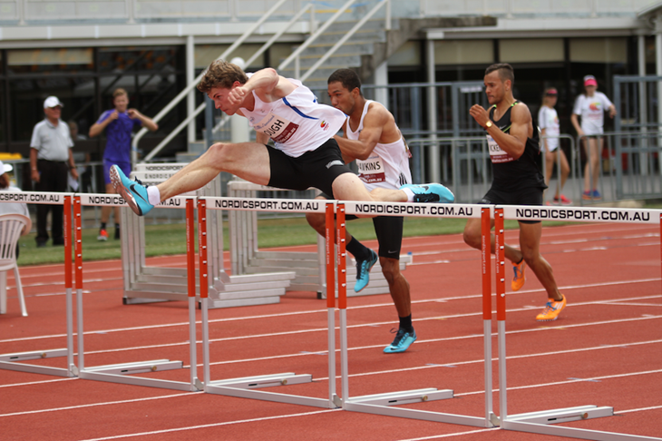 Nick Hough hurdling ()