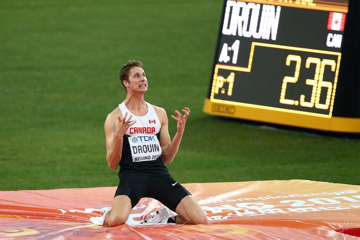 Derek Drouin in the Beijing jump-off ()