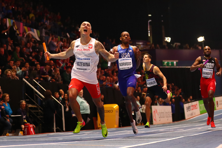 Jakub Krzewina anchors Poland to gold in the men's 4x400m at the World Indoors in Birmingham  ()