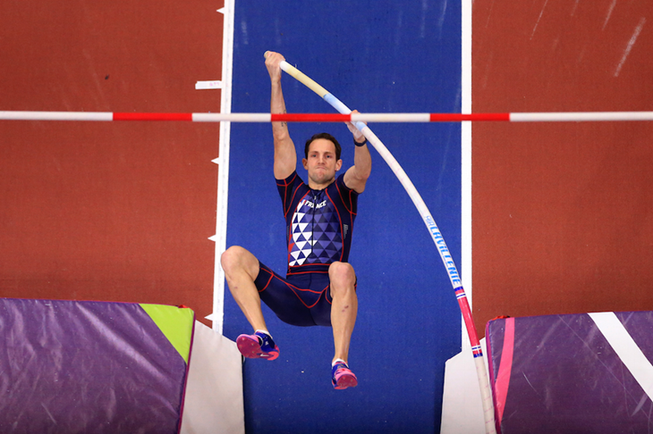 Renaud Lavillenie vaults at the World Indoors in Birmingham, where he won gold with a 5.90m clearance ()
