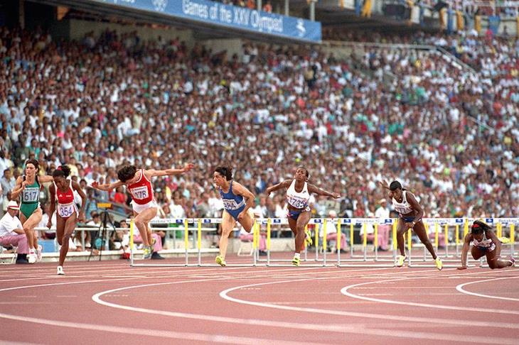 Paraskevi Patoulidou wins the 100m in Barcelona 1992 ()