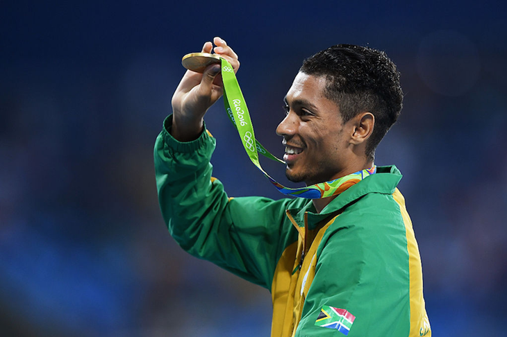 Wayde van Niekerk with his gold medal in Rio (Getty Images)