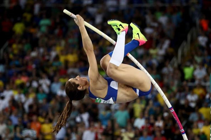 Ekaterini Stefanidi in the pole vault at the Rio 2016 Olympic Games (Getty Images)