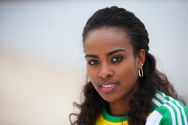 Genzebe Dibaba (Julian Finney / Getty)